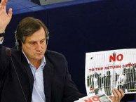 Meyer, es miembro del Grupo Parlamentario Europeo de la Izquierda, y uno de los diputados más activos.